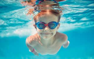 Как не потерять очки при нырянии: несколько советов по технике ношения очков в бассейне