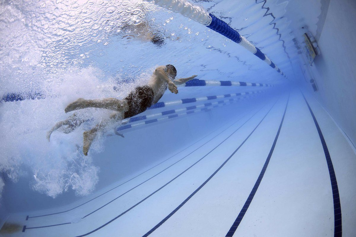 55250_swimmers-79592_1920-8823681