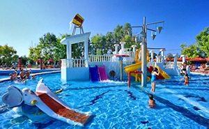 akvapark-na-ostrove-3236291