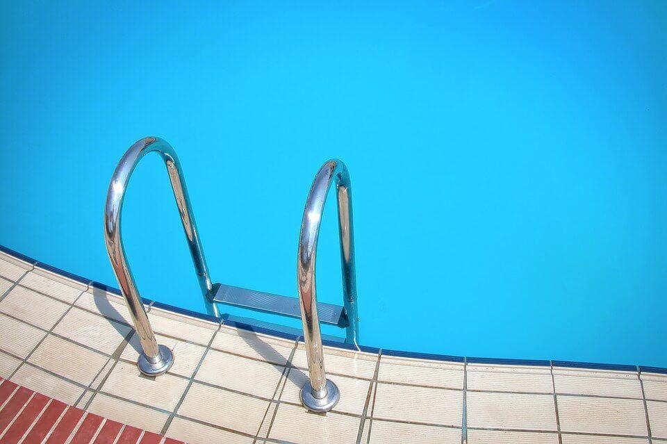 swimming3-1147637